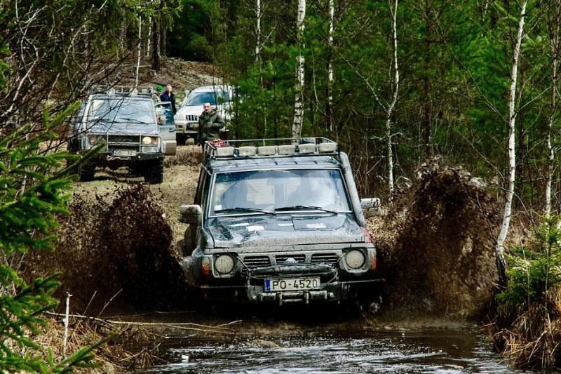 4x4 team building in Riga
